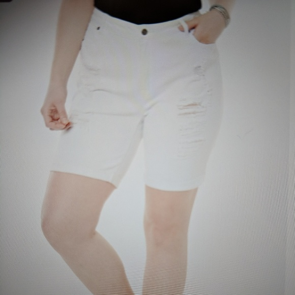 e3ee0e46e1855 Denim 24 7 Pants - 🔖last chance 🔖Denim 24 7 distressed shorts